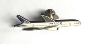 United Airlines 787 Lapel Pin